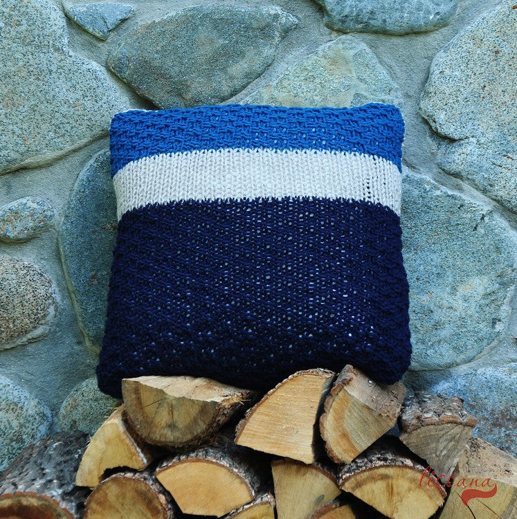 How to knit a cozy fall pillow