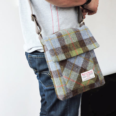 The Craggan Men's Messenger Bag