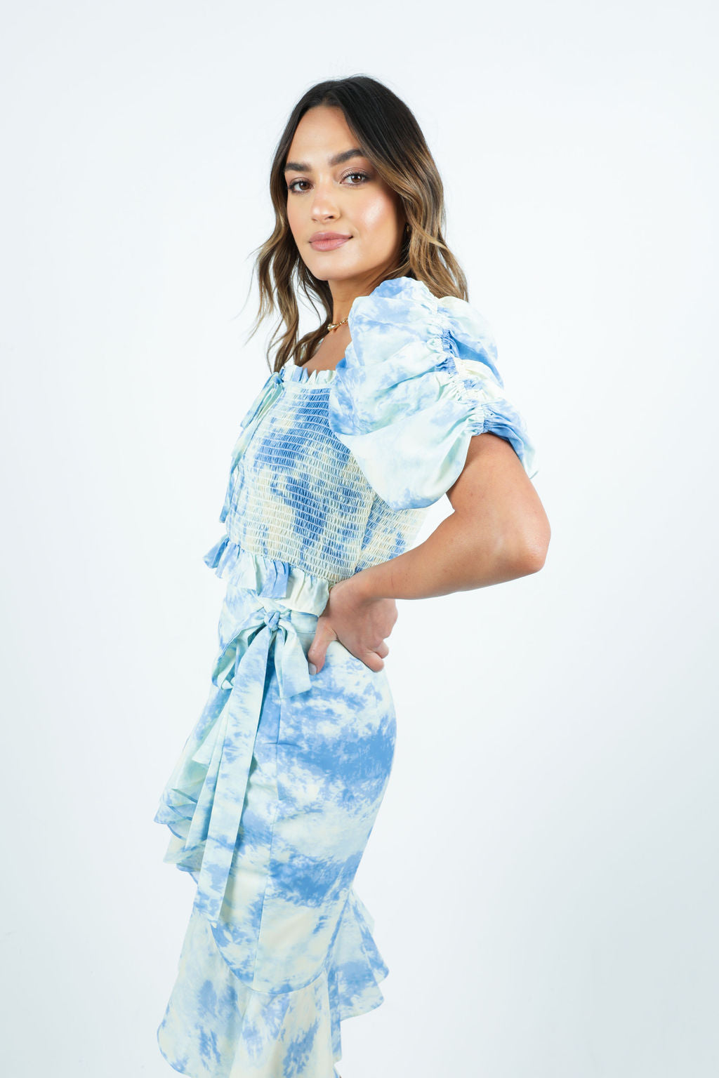 BLUE TIE DYE SMOCKED BLOUSE