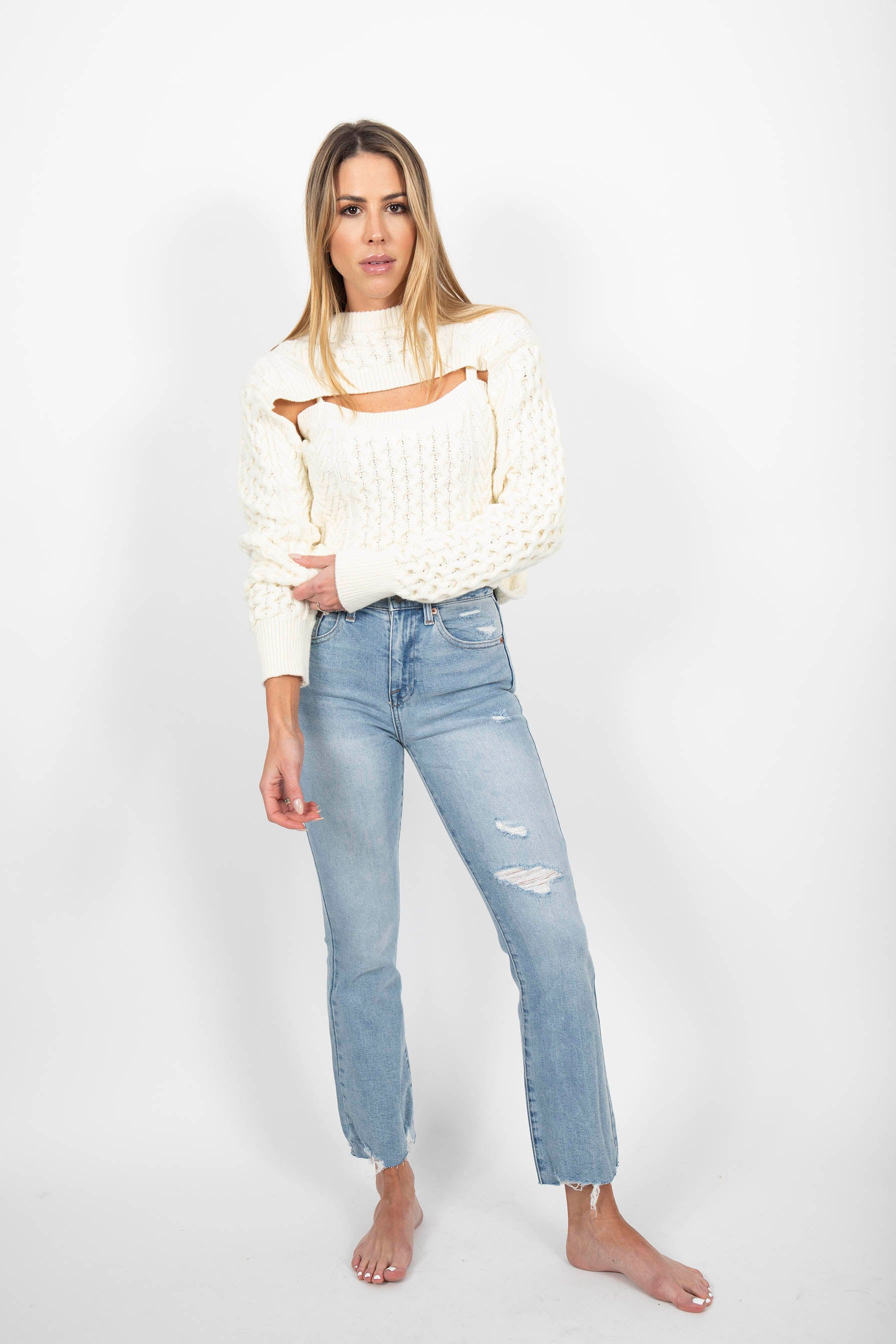 KNITTED IVORY SWEATER