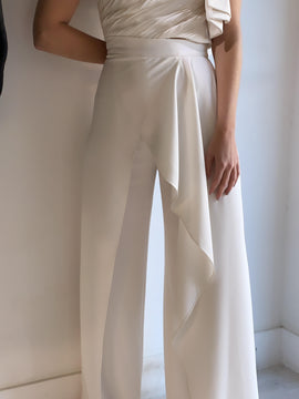 WHITE RUFFLE SATIN PANTS