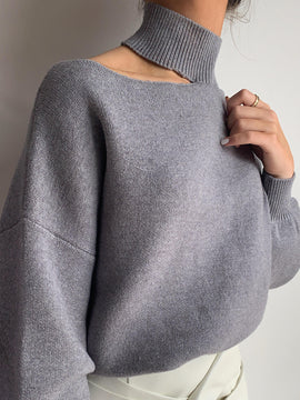 SHOULDER CUTOUT KNIT SWEATER