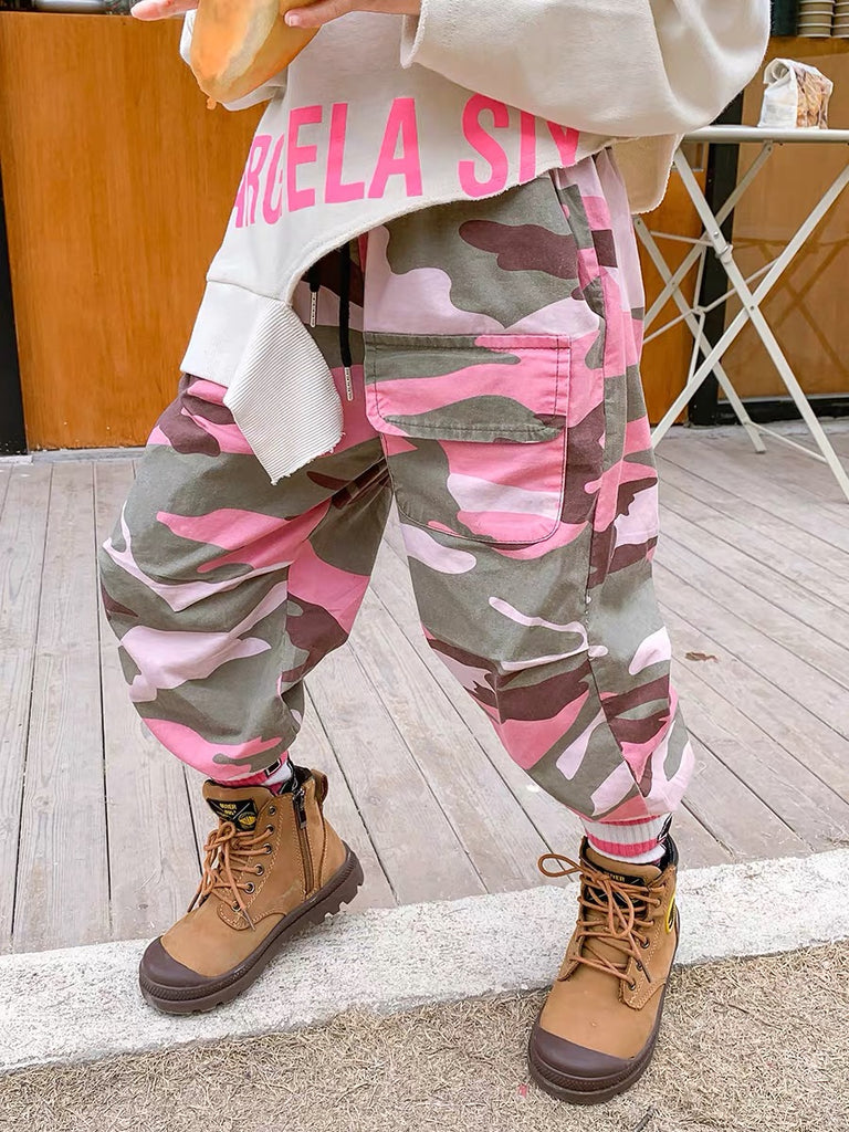 Pink camouflage pants