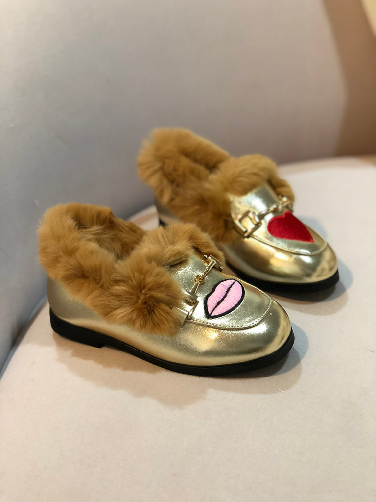Faux fur Gold slippers Heart Lips embroidered