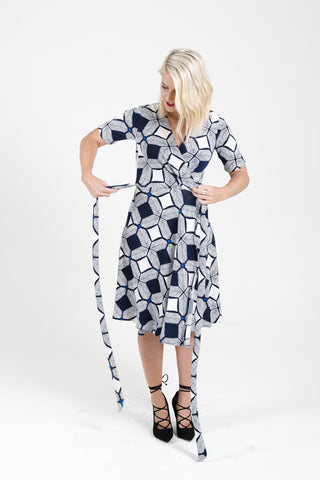 8104756969 How to wrap a wrap dress – BY SAMANTHA MELBOURNE