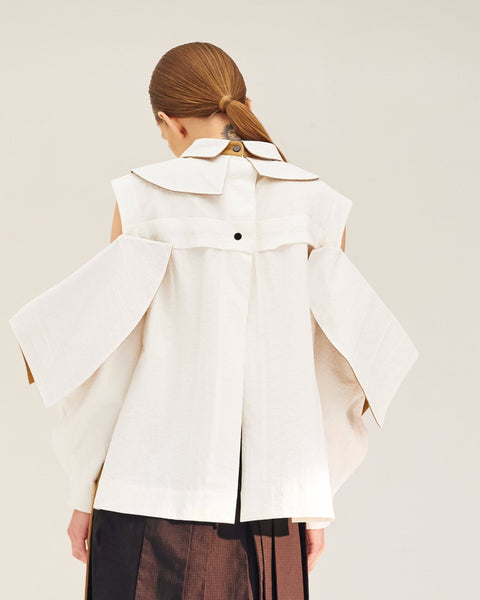REPETITION Layered Collar Shirt with Detachable Sleeves