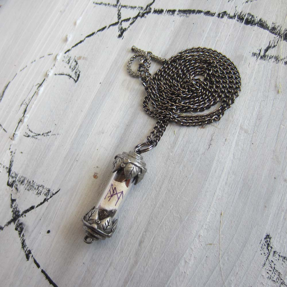 Oracle Amulet - Vial Pendant