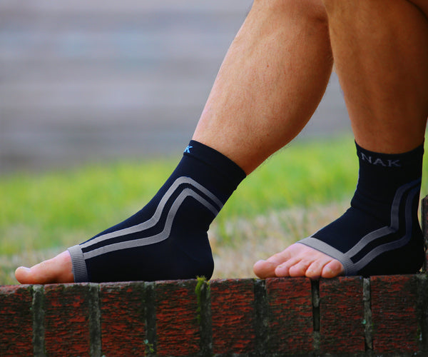 <a href= http://www.plantarfasciitisinfo.com/alternative-view-plantar-fasciitis>HOW PLANTAR FASCIITIS SOCKS WORK</a>