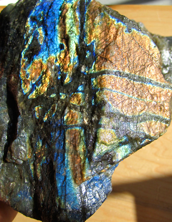 All about Labradorite - Onetribe