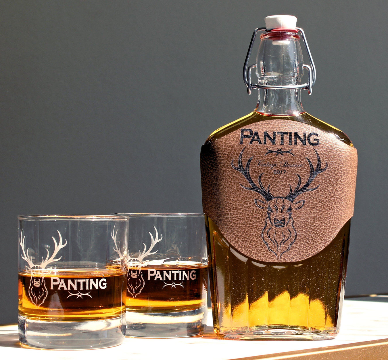 Whiskey Decanter Set - Whiskey Glasses - Gifts for Men