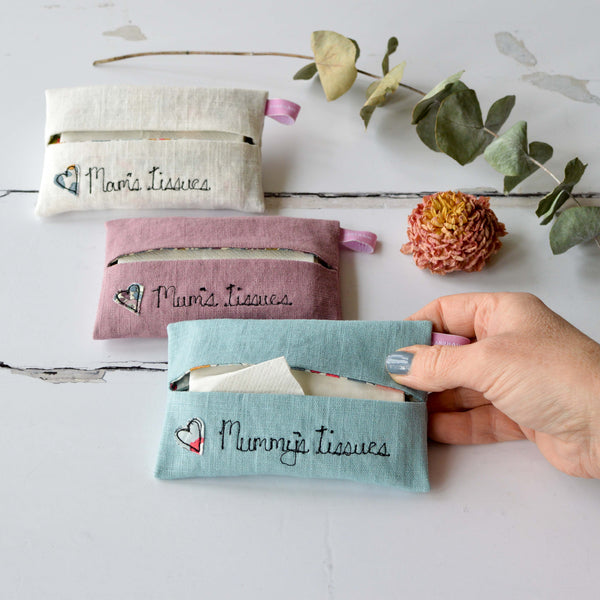 Personalised Mum's Tissue Holder - Handmade Poshyarns