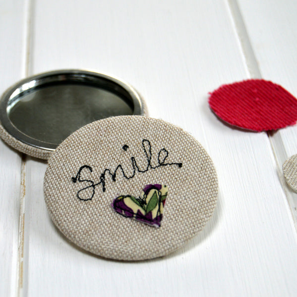 Smile Handbag Mirror - Handmade Poshyarns