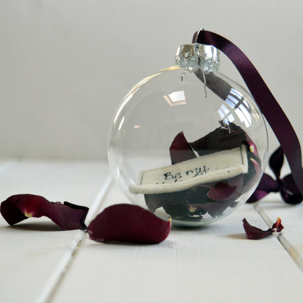 Valentine Glass Bauble - Handmade Poshyarns