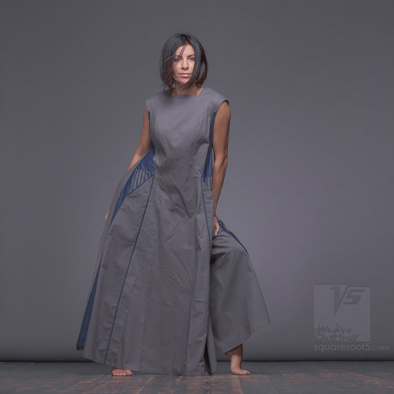 "Long avant-garde dress ""Revolution"", model ""SA"" Achromatic Designer dresses for creative women by Squareroot5 wear"