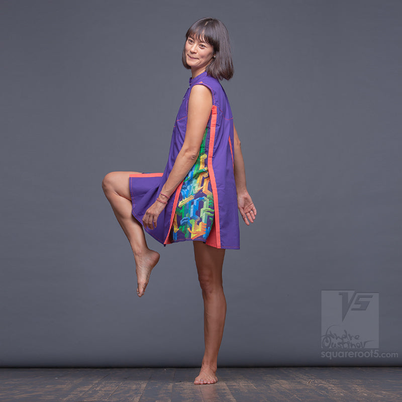 Experimental dress with geometrical pattern. Beach dress. Violet-Orange
