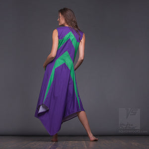 Bright, geometrical aesthetic dress with short sleeves. Violet and green.