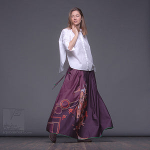 Maxi skirt with abstract pattern. Squareroot5 wear