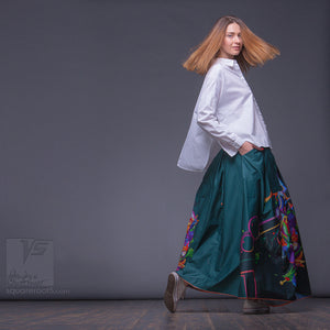 Non traditional maxi emerald skirt. Japanese stile. Squareroot5 wear