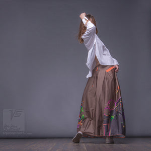 Experimental asymmetrical maxi skirt with abstract pattern by Squareroot5 wear. Ochre color. Japanese stile.