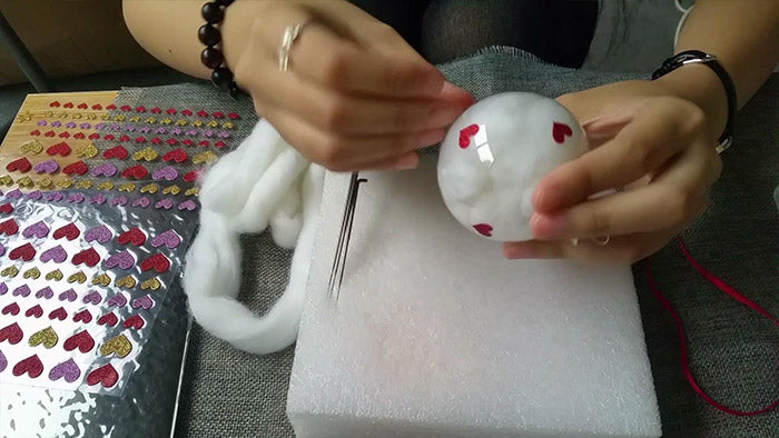 How to make needle felted Christmas bauble ornament