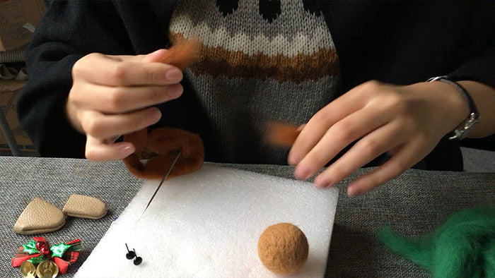 How to make needle felted cute Christmas reindeer