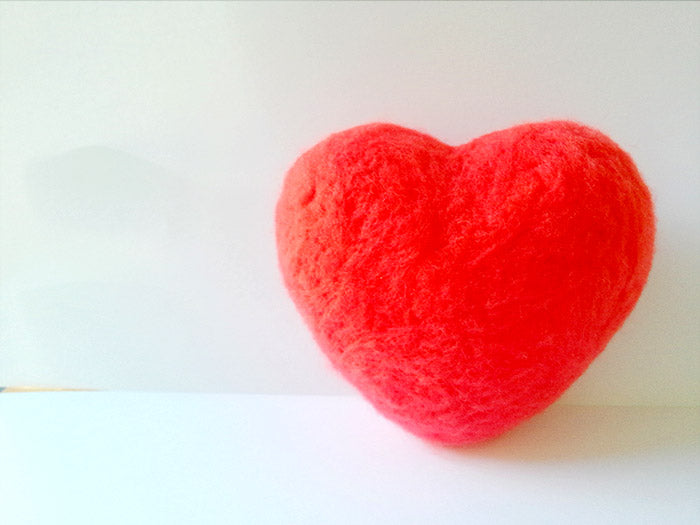 needle felt tutorials for beginners --How to make needle felted heart 2