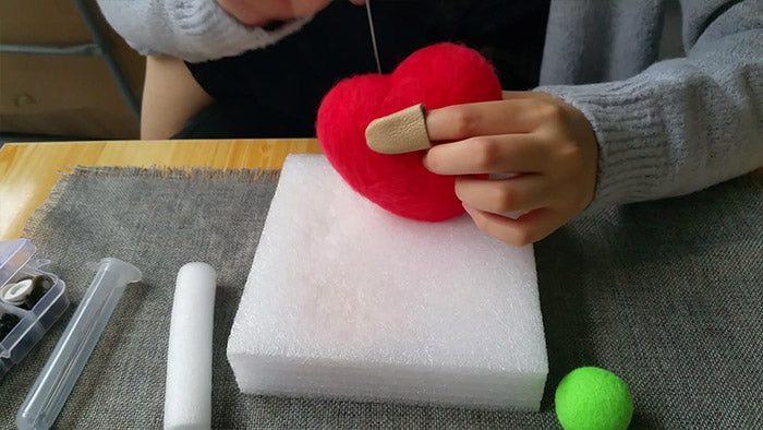 How to make needle felted wool heart 2