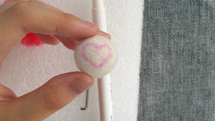 How to make needle felted wool ball with spots and hearts?——56