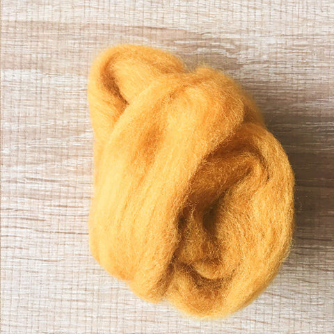 Needle felted wool felting Goldren Retriever wool Roving for felting supplies short fabric easy felt