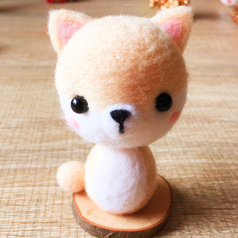 Handmade Needle felted dog felting kit project Animals Akita cute for beginners starters