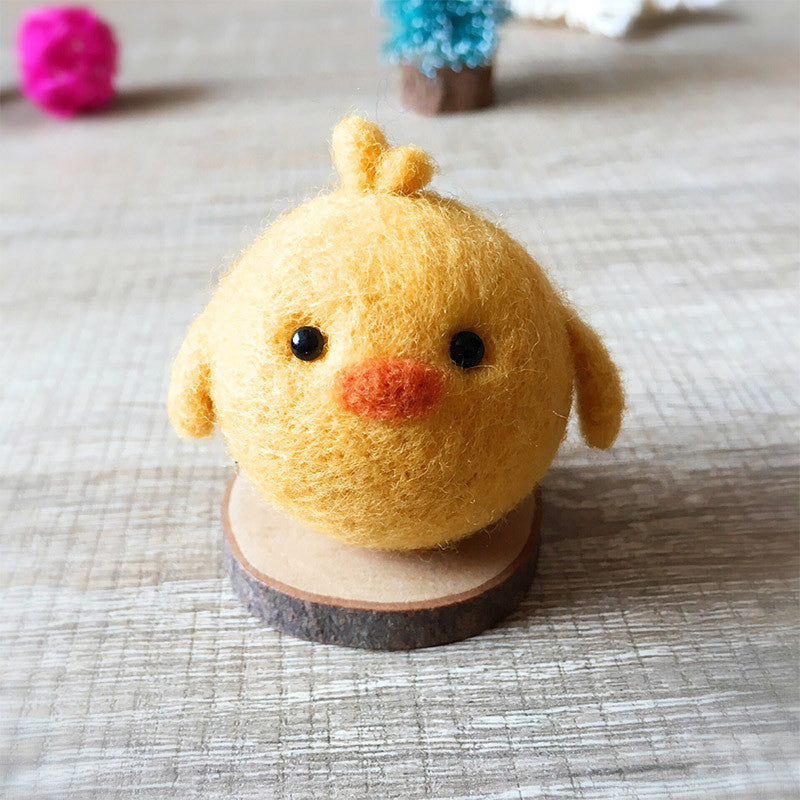 Handmade Needle felted felting kit project Woodland Animals chicken cute for beginners starters