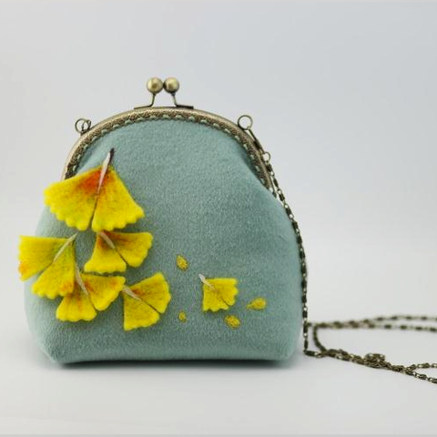 Handmade needle felted cute ginkgo leaf project purse vintage shoulder corssbody bag