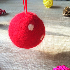 Handmade needle felting felted project christmas bauble red ball tree ornamant christmas decor decoration