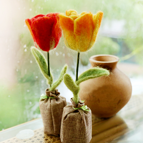 Handmade wet felted felting project cute flower potted felted home decor