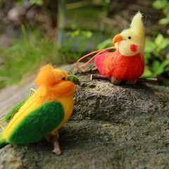 Handmade Needle felted felting project christmas ornament parrot bird felted doll