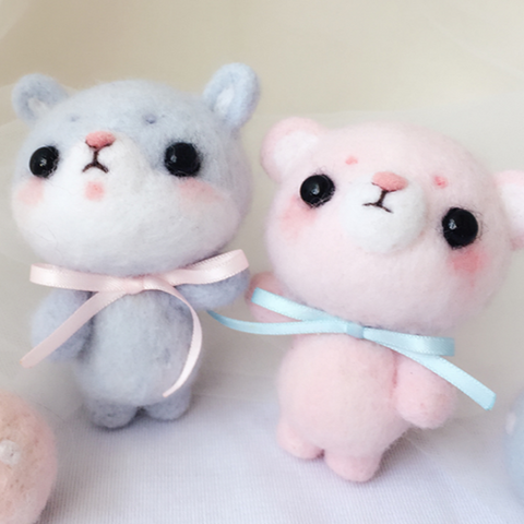 Handmade needle felted felting cute animal project bear bunny toys
