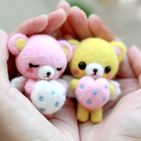 Handmade Needle felted felting project animal cute bear couples felted wool doll