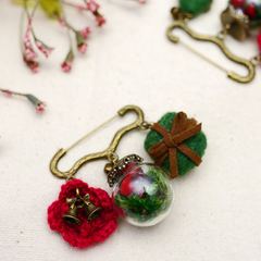 Needle Felted project Crafts Christmas knitting Tree Jewelry Brooch Hair Clip