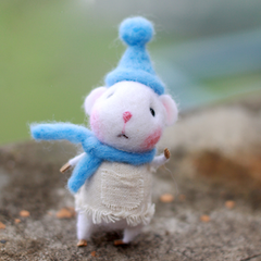 Handmade Needle felted felting project animal cute mouse mice Blue hats felted wool doll