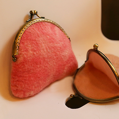 Handmade wet felted felting cute small coin change wallet felted