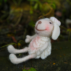 Needle Felted Felting Animals Sheep handmade project Cute Craft