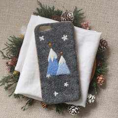 Handmade needle felted felting cute project Christmas snowberg iphone case