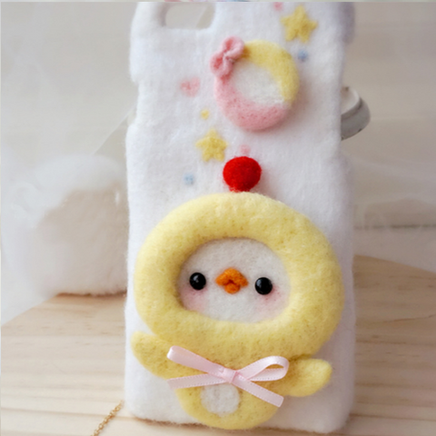 Handmade needle felted felting cute animal project chicken lion iphone case