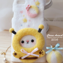 Handmade needle felted felting cute animal project bee dinosaur iphone case