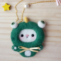 Handmade needle felted felting cute animal project dinosaur brooth necklace