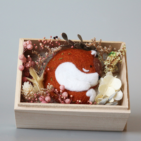 Handmade needle felted felting project cute animal project fox felt doll gift box