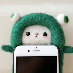 Handmade needle felted felting cute animal project dinosaur iphone case