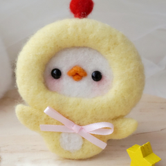 Handmade needle felted felting cute animal project lion chicken brooth necklace