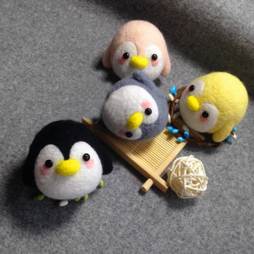 Handmade needle felted felting cute animal project penguin doll accessories toy