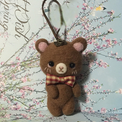 Handmade needle felted felting cute animal project bear bunny doll key charm